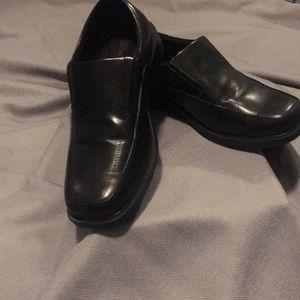 Men's 9 1/2 wide black loafers 👞